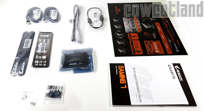 https://www.cowcotland.com/images//test/gigabyte/Z370Gaming7/Bundle.jpg