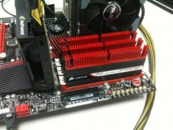 Les dominator GTX4 à 2533 Mhz sur une Rampage III Extreme