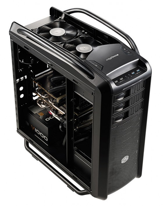 cooler master annonce son boitier cosmos se bo tiers racks. Black Bedroom Furniture Sets. Home Design Ideas