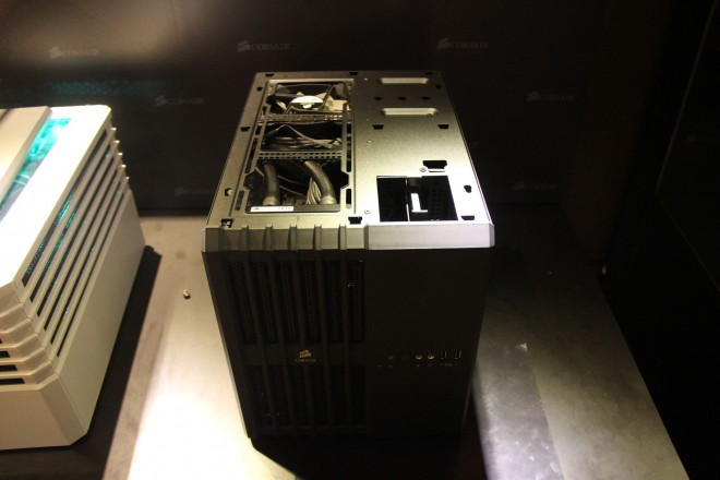 computex 2014 corsair presente cube air 240 quelques alims hxi