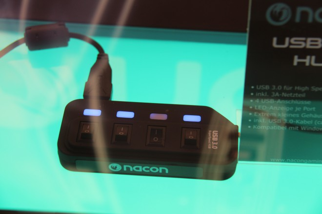 gamescom-2014 bigben nacon gm-400l gm-300 gk-500
