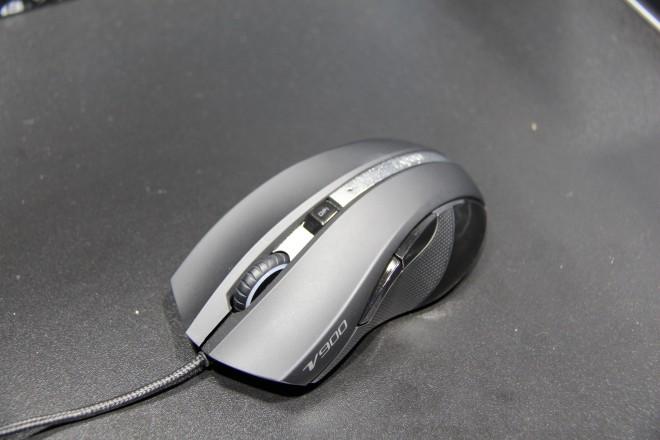 gc 2014 rapoo se lance dans le gaming avec un clavier et une souris claviers souris tapis. Black Bedroom Furniture Sets. Home Design Ideas