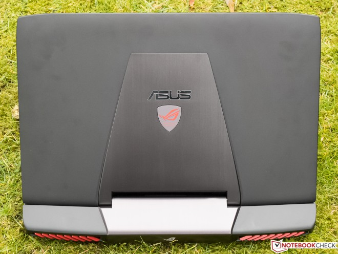 en test le pc portable gamer asus g751jy t7009h nividia. Black Bedroom Furniture Sets. Home Design Ideas