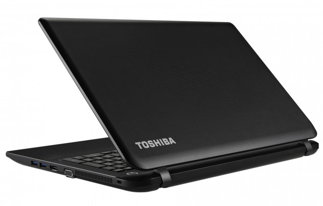 en test le pc portable bureautique et multimedia toshiba. Black Bedroom Furniture Sets. Home Design Ideas