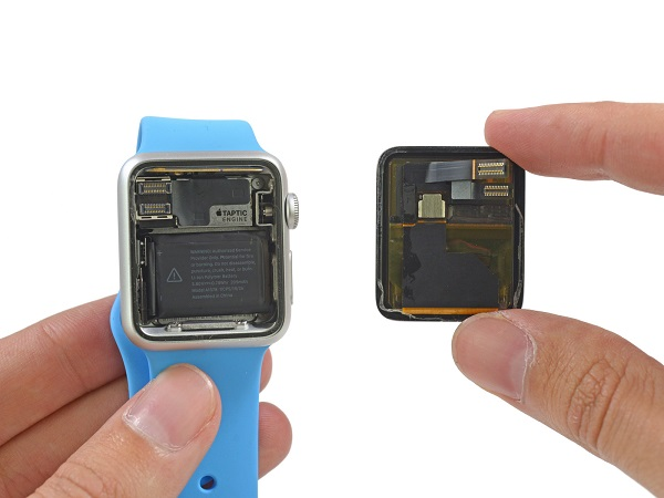 le retard de livraison de l 39 apple watch expliqu par un composant d fectueux objets connect s. Black Bedroom Furniture Sets. Home Design Ideas