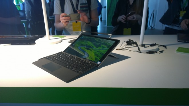 next acer 2016 switch alpha 12 grosse montee gamme core i7 passif