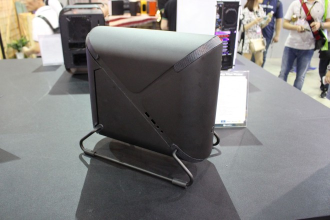 computex 2016 prodigy bitfenix pillow glassy