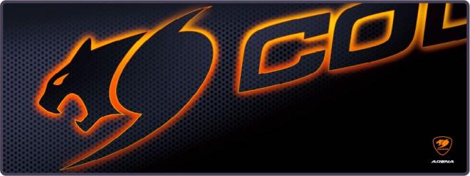 cougar arena black un tapis de souris grand format noir et orange claviers souris tapis de. Black Bedroom Furniture Sets. Home Design Ideas