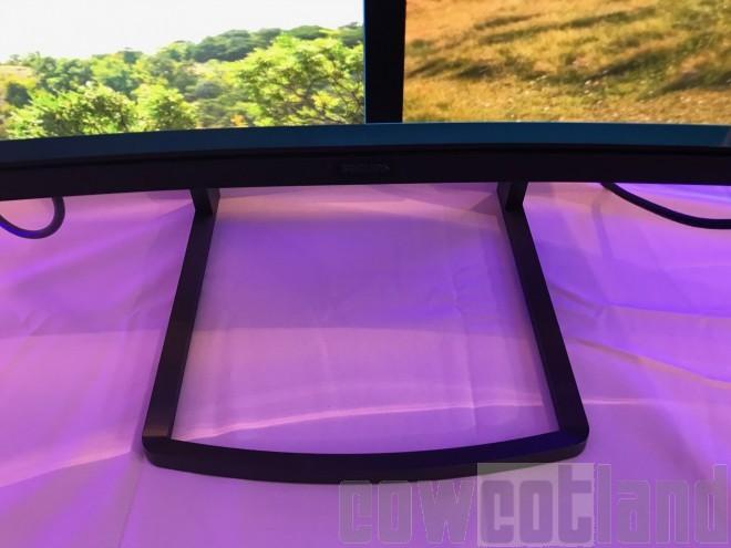 philips proposera son cran 49 pouces curved 3840 x 1080 799 seulement ecrans moniteurs. Black Bedroom Furniture Sets. Home Design Ideas