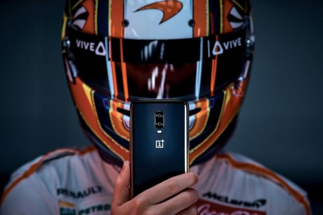 Le OnePlus 6T en édition McLaren à 709 €