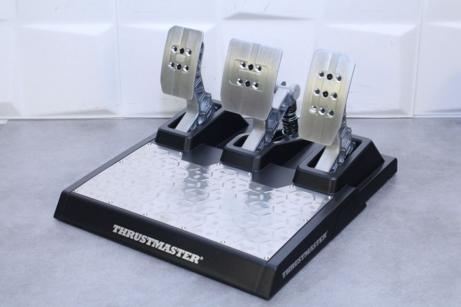 Thrustmaster TS-PC Racer sim-racing fox-spirit-43-pouces