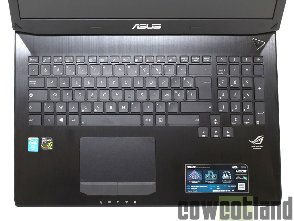 test portable gamer asus g750 sous l 39 cran page 3. Black Bedroom Furniture Sets. Home Design Ideas