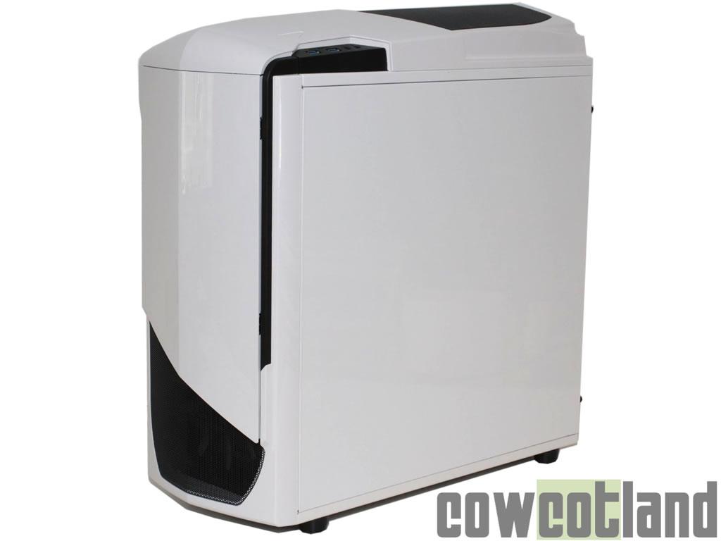 test boitier nzxt phantom 530 l 39 ext rieur page 2. Black Bedroom Furniture Sets. Home Design Ideas